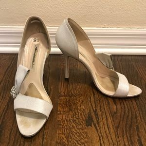 Brian Atwood vintage style heels 9.5